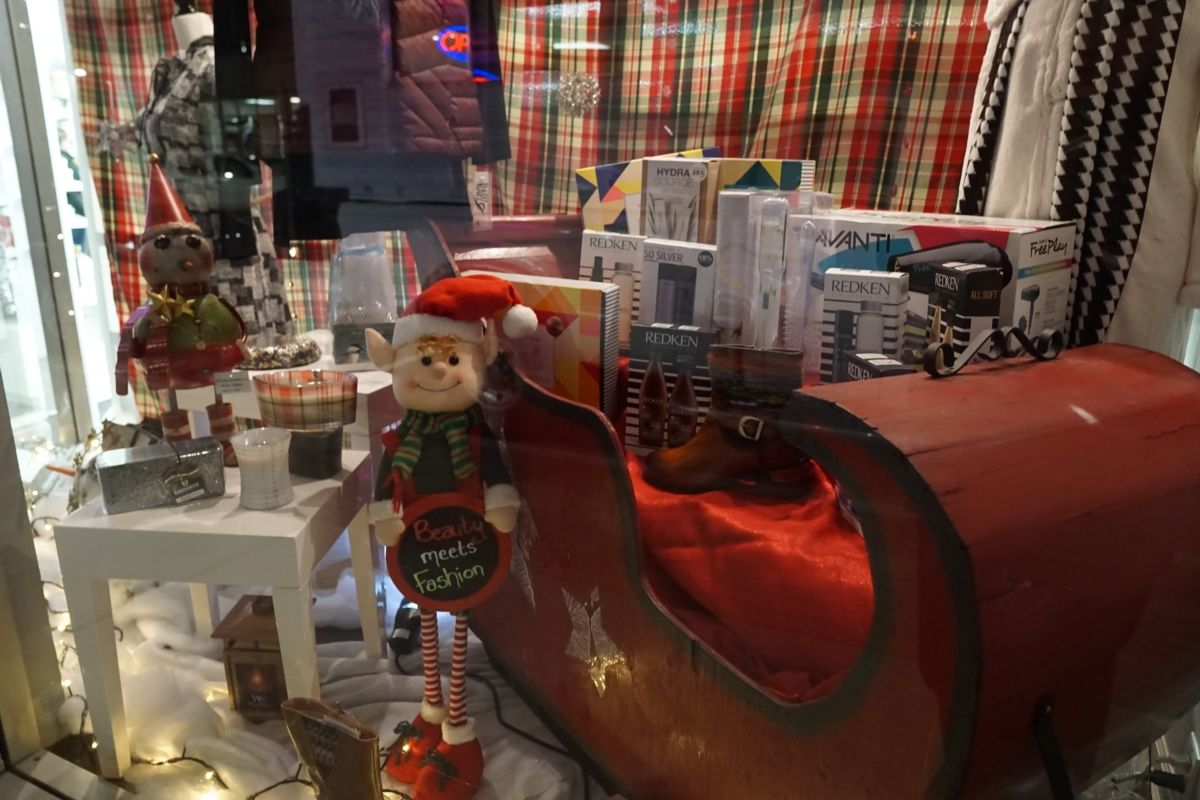 Christmas Windows - Spa Rivier